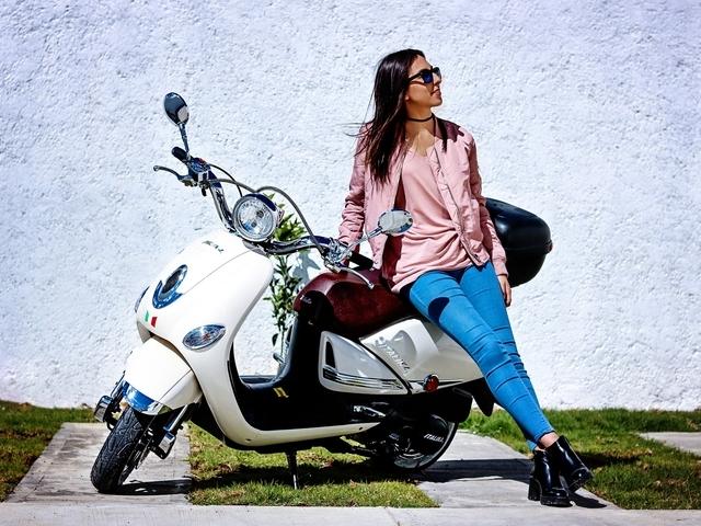 Jonge scooterrijders schatten eigen rijgedrag niet goed in