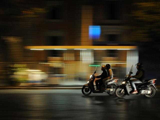 Is een scooter nog verzekerd als hij is opgevoerd?